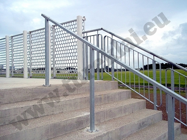 Hot dip galvanized railings (3).jpg